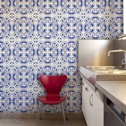 papel-de-parede-azulejo-portugues-com-flores-azul-cobalto1