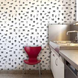 papel-de-parede-talheres-e-pratos-branco1