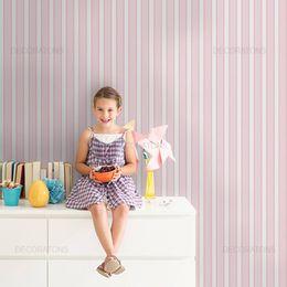 papel-de-parede-listrado-5cm-linha-lateral-infantil-rosa-claro