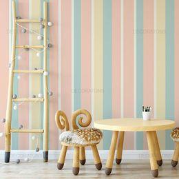 papel-de-parede-listrado-tons-pasteis-rosa-e-azul