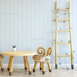 papel-de-parede-listrado-fino-azul-claro