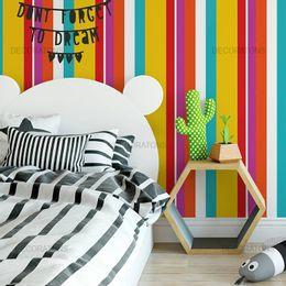 papel-de-parede-listrado-vertical-colorido