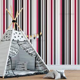 papel-de-parede-listrado-vertical-preto-e-vermelho-1