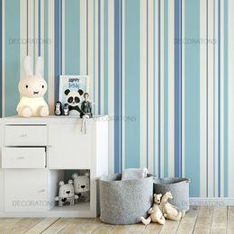 papel-de-parede-listrado-vertical-azul-claro