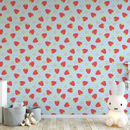 papel-de-parede-moranguinho-e-flores-com-poa-azul-claro