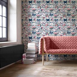 papel-de-parede-rosas-e-borboletas-listrado-azul-cobalto-1