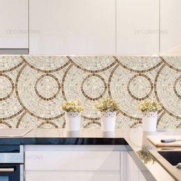 papel-de-parede-pastilha-mosaico-circular-bege