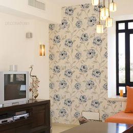 papel-de-parede-ramos-de-rosas-delicadas-azul-claro