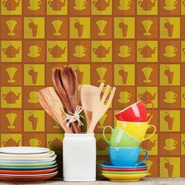 papel-de-parede-cozinha-xicaras-e-copos-laranja1