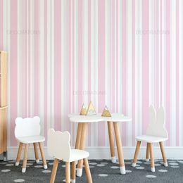 papel-de-parede-listrado-vertical-em-rosa-claro