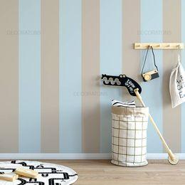 papel-de-parede-listrado-largo-infantil-azul-e-bege