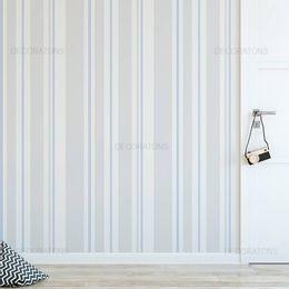 papel-de-parede-listrado-vertical-cinza-com-lilas