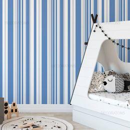 papel-de-parede-listrado-infantil-azul-com-cinza