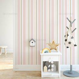 papel-de-parede-listrado-vertical-rosa-claro1