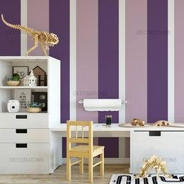 papel-de-parede-listrado-vertical-roxo-e-lilas