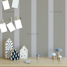 papel-de-parede-listrado-vertical-bege-e-cinza