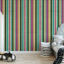 papel-de-parede-listrado-vertical-lilas-e-verde