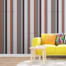 papel-de-parede-listrado-vertical-cinza-e-laranja