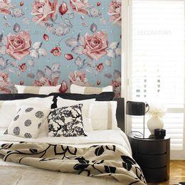 papel-de-parede-rosas-delicadas-linho-azul-claro-1