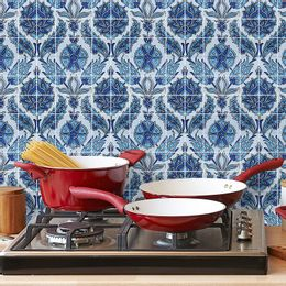 papel-de-parede-azulejo-floral-tons-de-azul-claro
