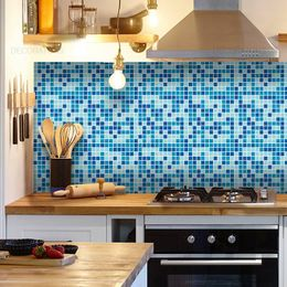 papel-de-parede-pastilhas-azul-claro-4-x-4-cm-1