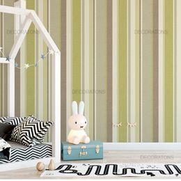 papel-de-parede-listrado-vertical-bege-e-verde